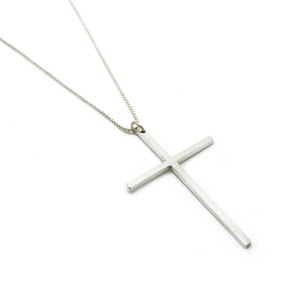 Colar cruz em prata 960   Fran Bagatini 7cf5af9faf